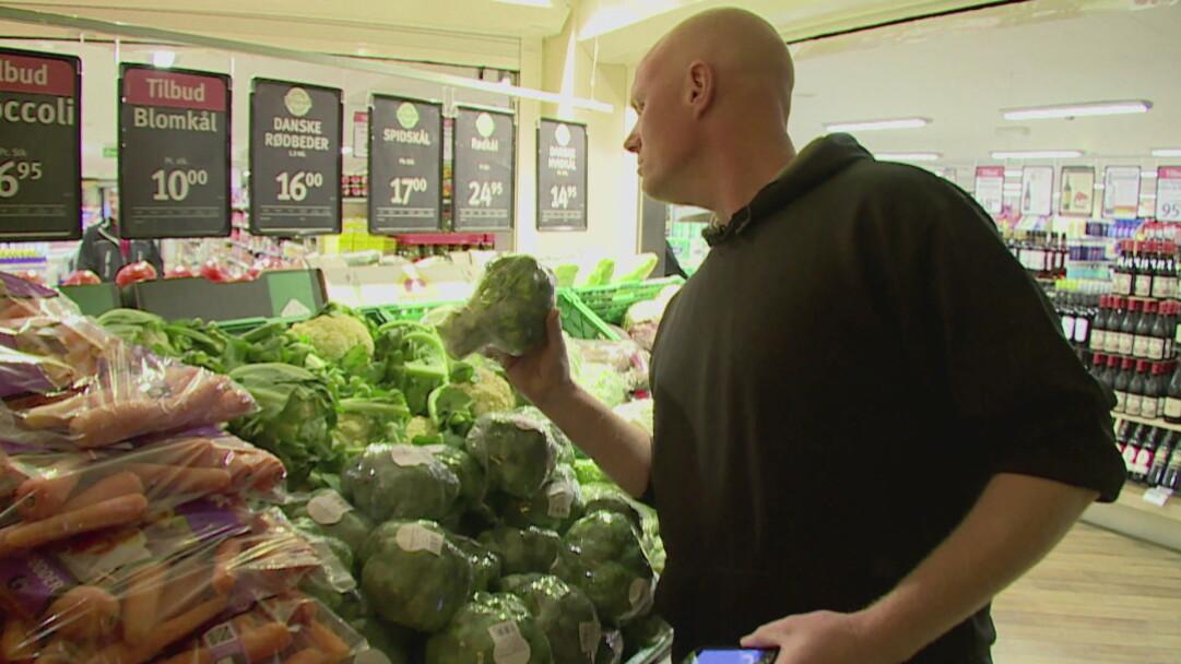 VIDEO Rigtige mænd skal i aften lære hvad broccoli og squash er | Lev nu | DR