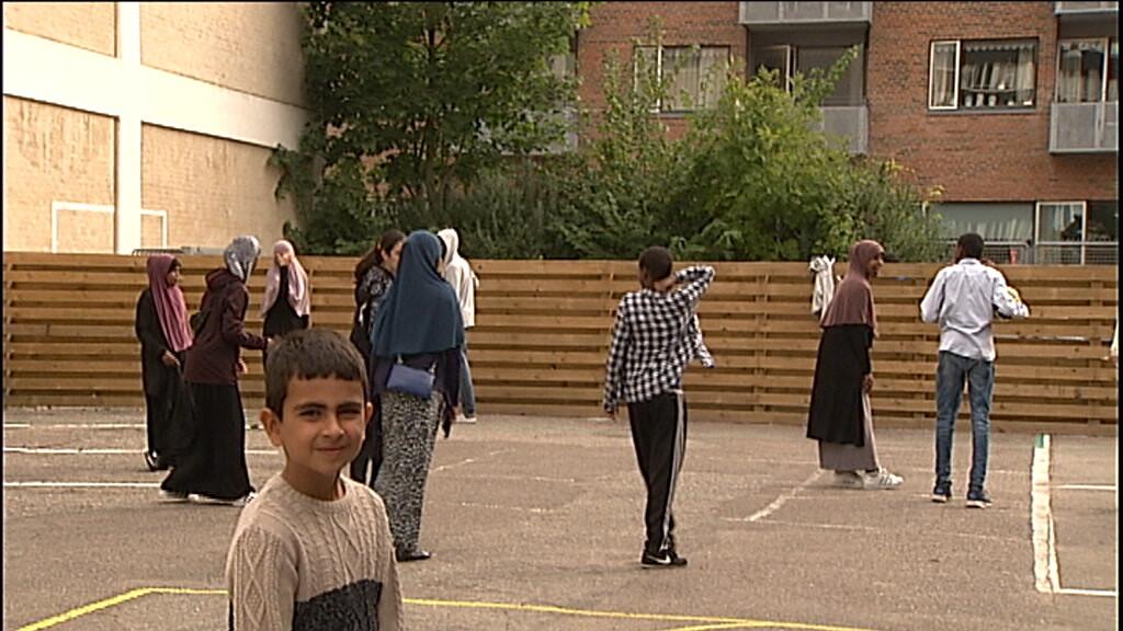 Frygt og trusler: Over 500 elever er hevet ud af tyrkiske skoler i Danmark | Politik | DR