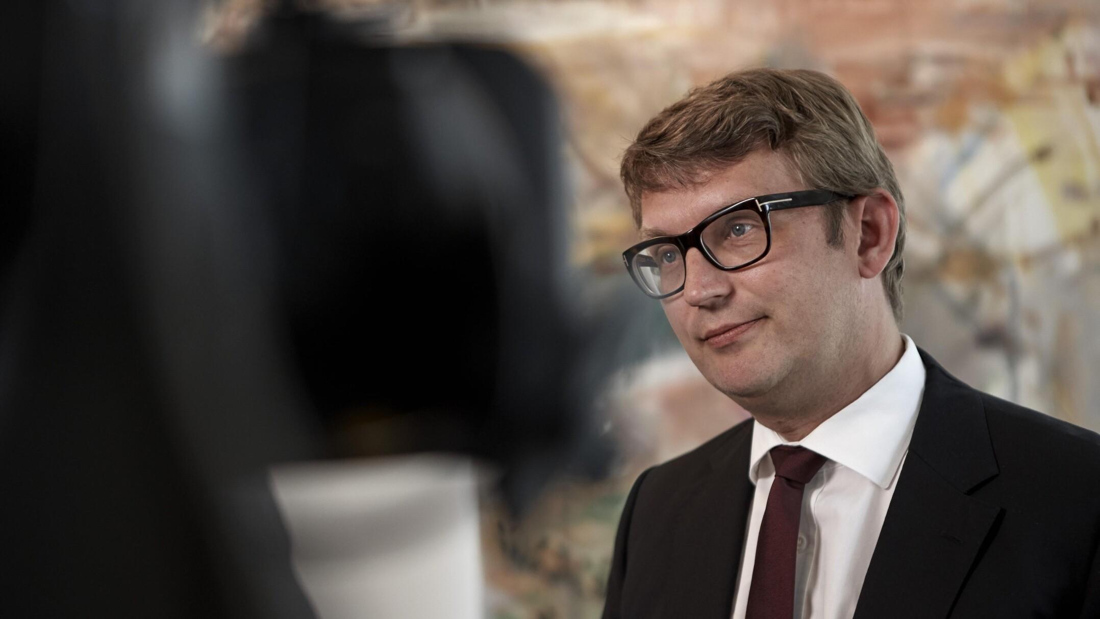 Minister til EU: Nye regler vil skade dansk realkredit | Politik | DR