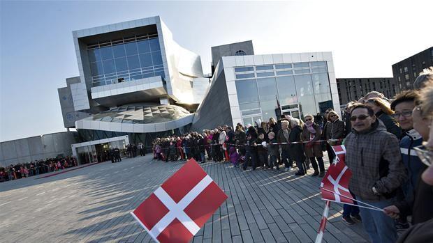 Dr koncertsal escort piger Aalborg