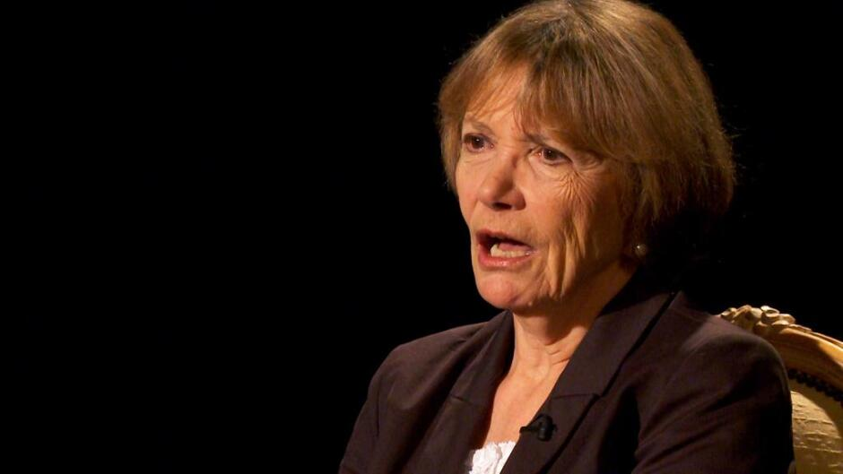 Under fire øjne - Joan Bakewell