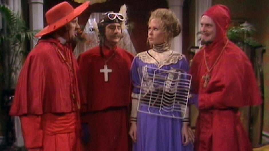 Monty Python's Flying Circus (15)