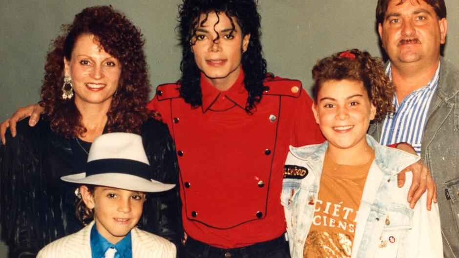 Leaving Neverland (1:2)