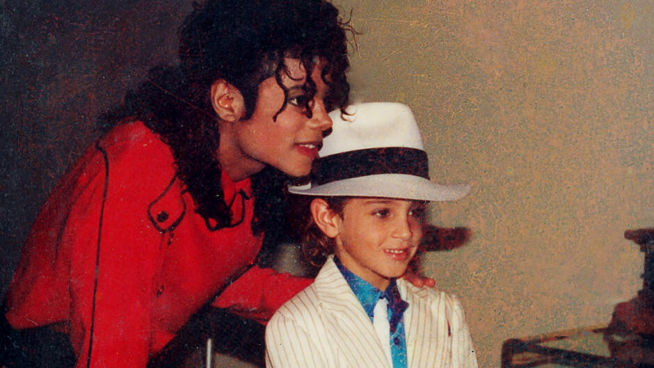 TRAILER: Leaving Neverland