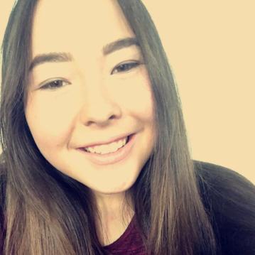 Mira Bech Venø bor på Samsø. Der er færre teenagere på øen, end da hun blev født.