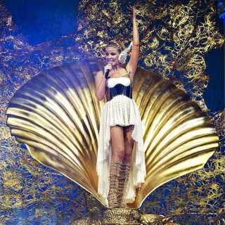 I 2011 åbnede Kylie Minogue sin 12. verdenstour i Boxen i Herning.