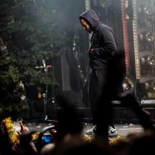 Kendrick Lamar spillede hits som 'Bitch Don't Kill My Vibe', 'Humble' og 'All the stars' på Bøgescenen lørdag aften.