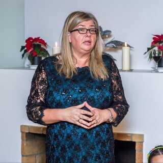 Ann Andreasen er oprindeligt fra Færøerne, men har siden 1980'erne arbejdet på børnehjemmet i Uummannaq i det vestlige Grønland.