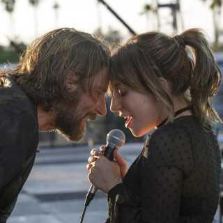 Filmen 'A Star is Born' med Lady Gaga og Bradley Cooper i front er blandt favoritterne til årets Oscar-uddeling med i alt syv nomineringer.
