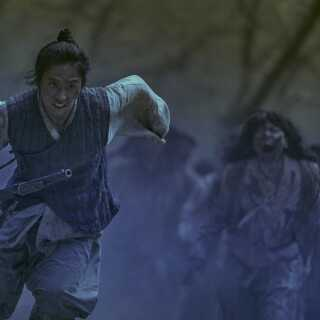 'Kingdom' portrætterer zombier på en helt ny måde, mener Kasper Lundberg.