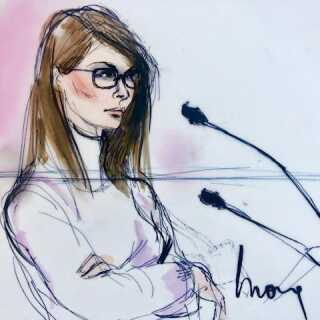 En skitse af Lori Loughlin, der bliver afhørt i retten i Los Angeles, Californien, 13. marts.
