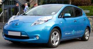 Nissans elbil Leaf Acenta koster i dag 274.900 kroner. I 2020 vil den koste 352.300 kroner, når registreringsafgiften er fuldt indfaset.