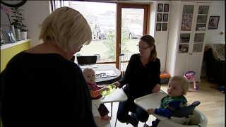 Rita er på efterløn og har endnu ikke fået børnebørn. Hun betragter sig selv som Lukas' og Lines reservebedste, siger hun.