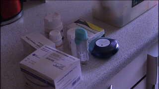 Tinna Jensen tager hver dag over 20 piller på grund af kroniske sygdomme.