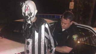 Flere personer maskeret som klovne er blevet anholdt i USA.