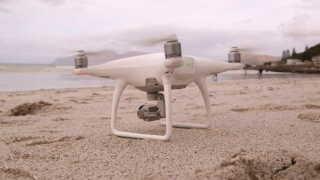 Her ses en af dronerne, der skal hjælpe med at finde hajer.