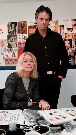 Her ses Gitte Dyrberg og Henning Kern i et billede fra slutningen af 90'erne, hvor verdenssuccesen for alvor tog fart for designduoen.