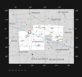 Kortet her viser, hvad man kan se med det blotte øje på en klar nat i konstellationen Aquarius (Vandbæreren). På kortet kan man også se positionen på Trappist-1. Selvom den er tæt på Solen, er den meget lyssvag og kan ikke ses med det blotte øje eller små teleskoper.