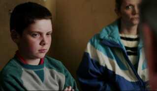 I filmen ser man blandt andet de to drenge blive forhørt hos politiet. Replikkerne er baseret på udskrifter af de oprindelige afhøringer og optagelser af samme.