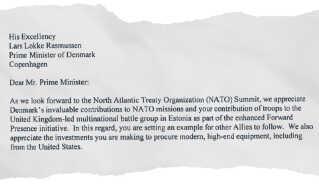 Brevet fra den amerikanske præsident indledes med ros, men kritiserer også Danmark for at investere for lidt i sit forsvar.