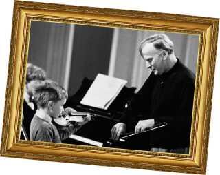 Menuhin holdt i 1964 en masterclass - og underviste blandt andet den 7 år gamle Nigel Kennedy, der senere selv blev en verdensberømt violinist.