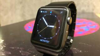 Hvor afhængighedsskabende er et smart-ur egentlig?