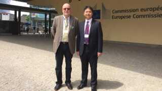 Poul Valdemar Nielsen sammen med Wang Jian, der er den kinesiske leder af samarbejdet med Sønderborg