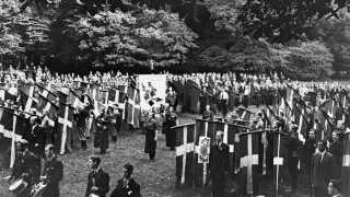 Konservative samlet til rigsstævne i Søndermarken i 1935.