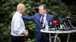 Lars Barfoed giver posten som konservativ leder videre til Søren Pape Poulsen i 2014.