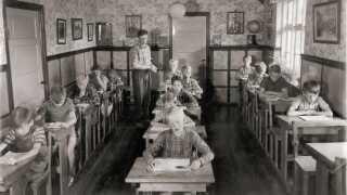 Foto fra Toftegård Drengehjems interne skole, cirka 1960.