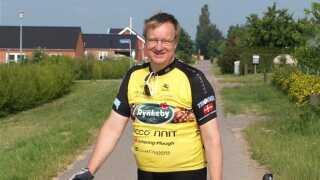 Henrik Holmer cyklede for Team Rynkeby, da han pludselig mærkede hjertet slå ekstra hurtigt.