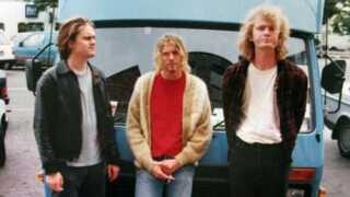 20. august 1991, en måned før 'Nevermind' udgives. Til venstre Nirvanas tour manager Alex MacLeod og til højre lydmanden Craig Montgomery.