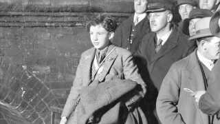Her ankommer Palle Huld til London 2. marts 1928.