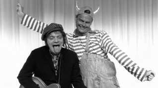 Claus Ryskjær som Kim Larsen og Ulf Pilgaard som Bubber under Cirkusrevyen i 1992.