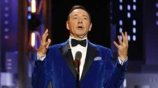 'House of Cards'-aktuelle Kevin Spacey var vært ved årets Tony Awards.