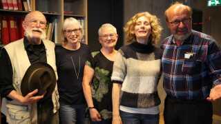Juryen til DR Romanprisen. Fra venstre: Knud Hein, Birte Kramer Andersen, Birgit Schjællerup, Anne Christensen og Johan Gaunitz.