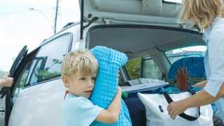 Fordel opgaverne mellem alle familiemedlemmer, så optakten til bilferien går som en leg.