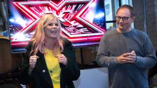 Jan Lagermand Lundme sammen med X Factor-værten Sofie Linde på et X Factor-pressemøde i december.