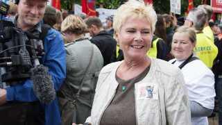 LO-formand Lizette Risgaard foran Arbejdsretten. Den 1. juli 2015 vandt fagbevægelsen en sag mod Ryanair om de varslede blokader mod flyselskabet.  (Foto: Claus Bech/Scanpix 2015)