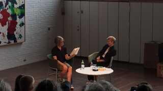 Eileen Myles optrådte to gange på Louisiana Literature. Her med den norske forfatter Linn Ullmann.