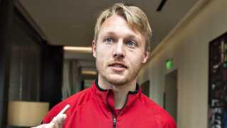 Simon Kjær og holdkammeraterne på herrelandsholdet er klar til at bidrage til kvindelandsholdet.