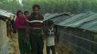 Mohammed Rafik og Senura Bagum bor med deres bo børn i Kutupalong-lejren.