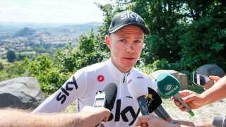 Chris Froome er kommet i problemer efter en mistænkelig dopingtest.