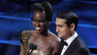 Oscarvinderen Lupita Nyong'o, der kommer fra Kenya, brugte sammen med Kumail Nanjiani, der har pakistanske rødder, Oscar-showet til at bakke op om de såkaldte 'dreamers', der er børn af indvandrere, som illegalt har bosat sig i USA