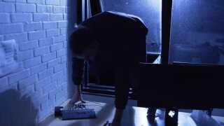 Da René Jørgensen nåede til 1000 decimaler, fingerede han et indbrud for at lave en spektakulær video.