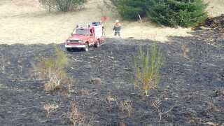 Sådan ser køretøjet ud i aktion. 'Naturtenderen' vejer omkring en syvendedel af et normalt brandkøretøj og har nemt ved at komme frem.