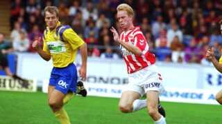 Erik Bo Andersen forlod AaB til fordel for skotske Glasgow Rangers, hvor han dog blot spillede en enkelt sæson.