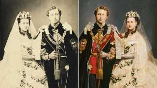 Prinsesse Alexandra var dansk prinsesse indtil hun giftede sig med den engelske tronarving Edward, som var søn af Dronning Victoria. Her er de i fotograferet og farvelagt version anno 1863.