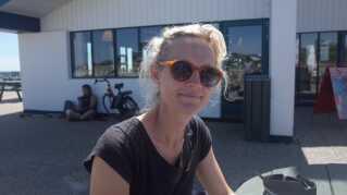 Anne Koch-Christensen arbejder til dagligt som lærer og glæder sig til tre dages festival i solen. (Foto: Christina Nordvang Jensen)