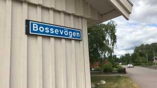 """I Kalmar har Bo Johansson fået opkaldt en vej efter sig. Den hedder - selvfølgelig - """"Bossevägen""""."""